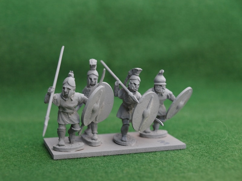 THR03 Thracian warriors without cloaks